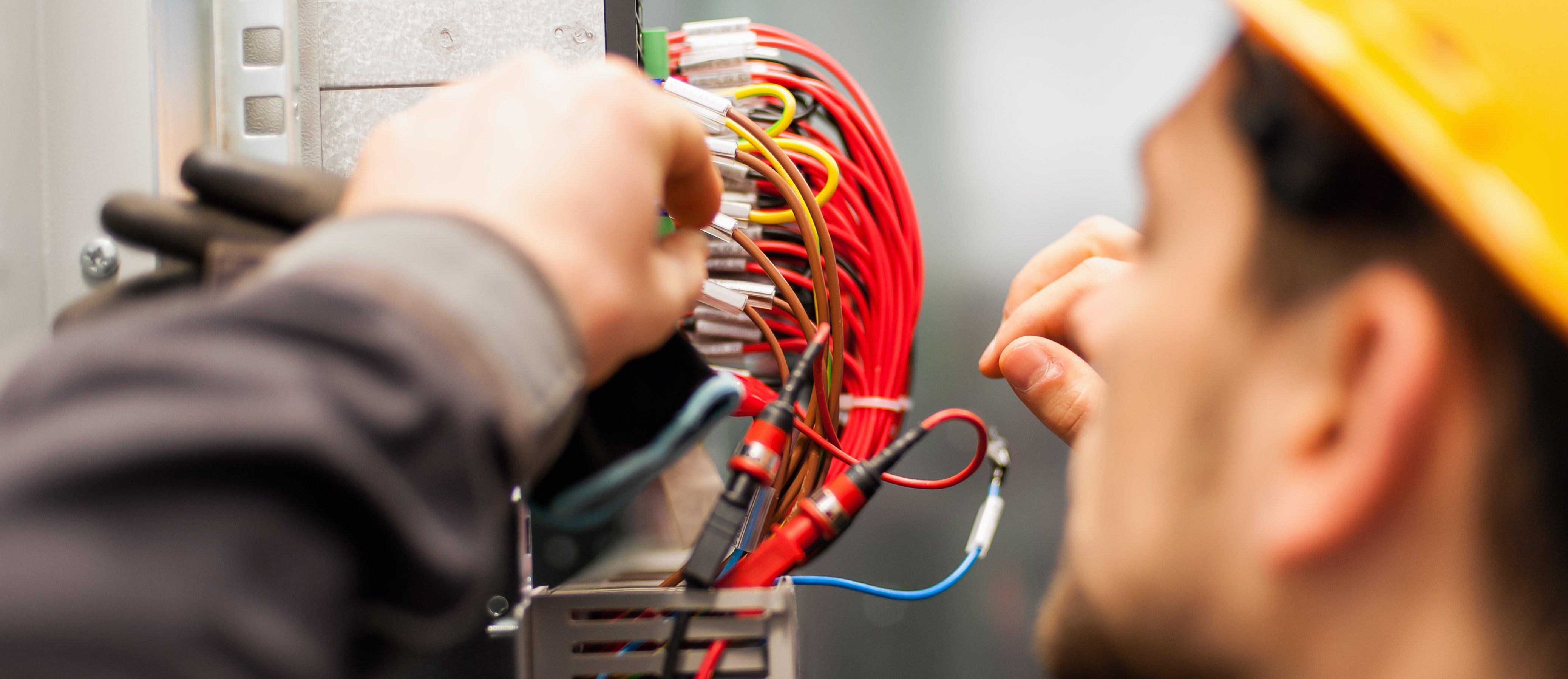 Профессиональные электрические подрядчики